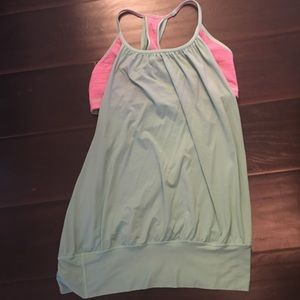 Lululemon mint green tank with built in bra